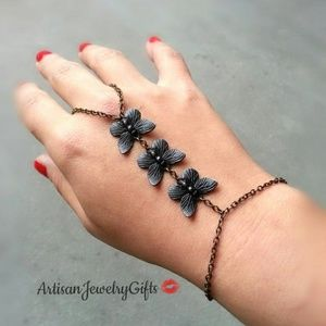 Black Butterfly Slave Bracelet Hand Chain